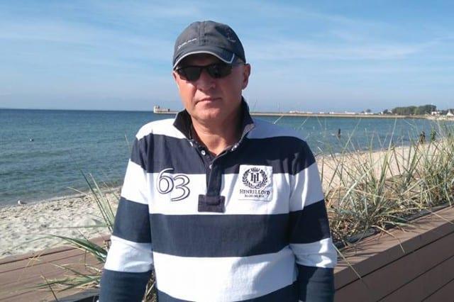 Instruktor na obozie szkoleniowym.<br /> <br /> Jachtowy sternik morski. Pływa od 10 roku życia. Również regatowo. Pełnił funkcję II oficera na STS Fryderyk Chopin