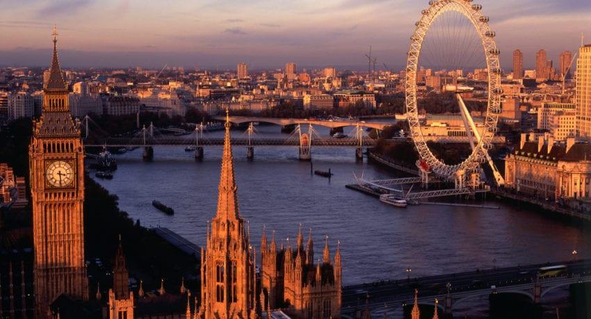 Londyn i miasta Anglii wiek uczestników 11 - 18