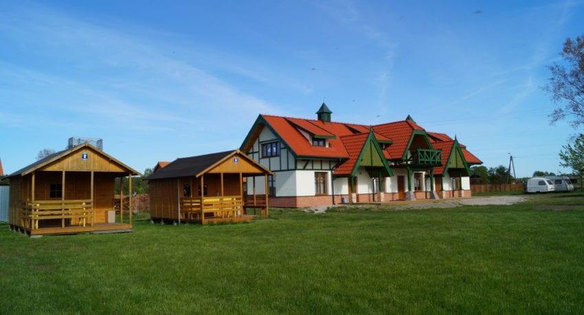 Obóz windsurfingowy - ośrodek Camp Pisz