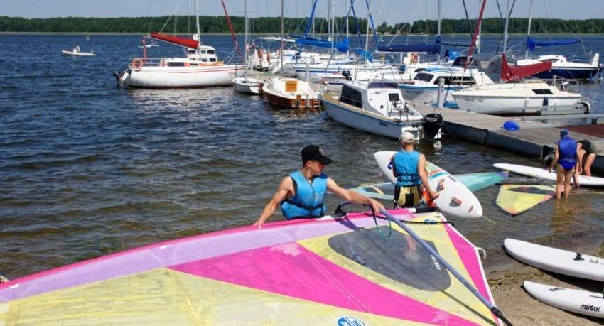 Obóz windsurfingowy - 11 - 18 lat - przygotowanie sprzętu