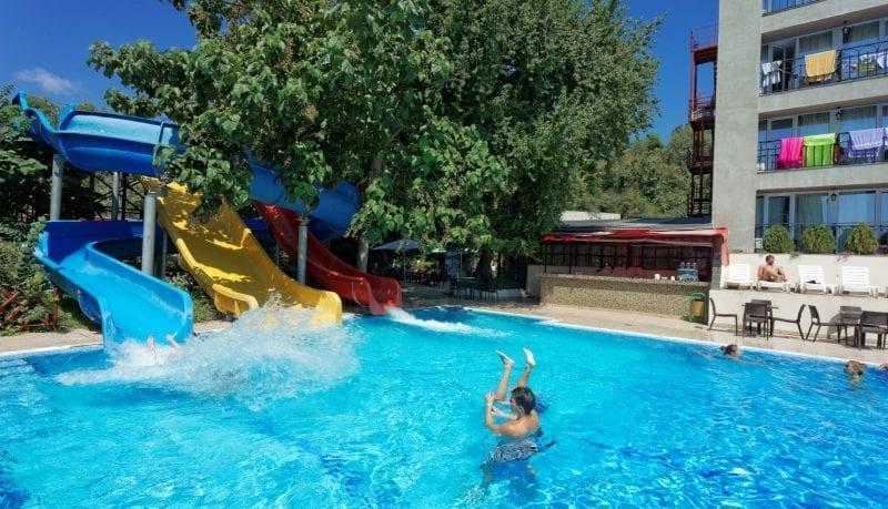 obóz młodzieżowy w Bułgarii 12 - 18 lat