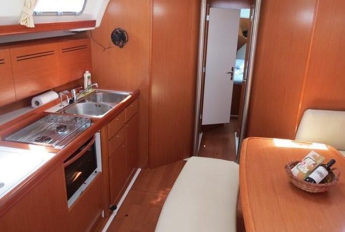 Trasy rejsów Chorwacji 2019 - jacht Cyclades 43.4